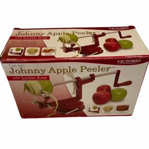Cast Iron Johnny Apple Peeler by Victorio preowned